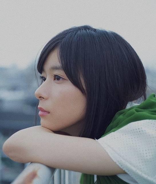 """アン on Instagram: """".何考えてんのかなーって表情が好き💭💟.#芳根京子 #yoshinekyoko"""" (625934)"""