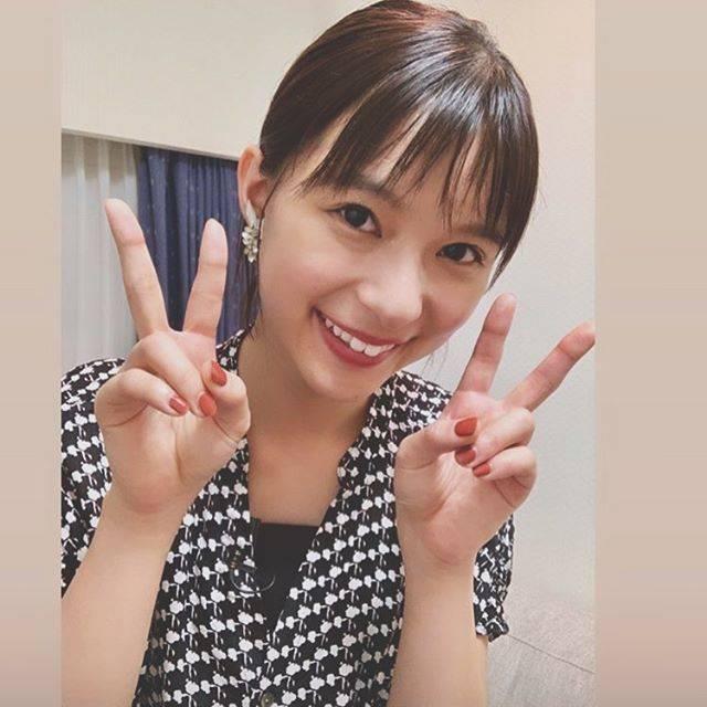 """rin on Instagram: """"*仕事やめたいな😅#芳根京子 #芳根京子好きと繋がりたい #仕事#仕事辞めたい #可愛い#大好き#💗#これは#病み気 ?"""" (626095)"""