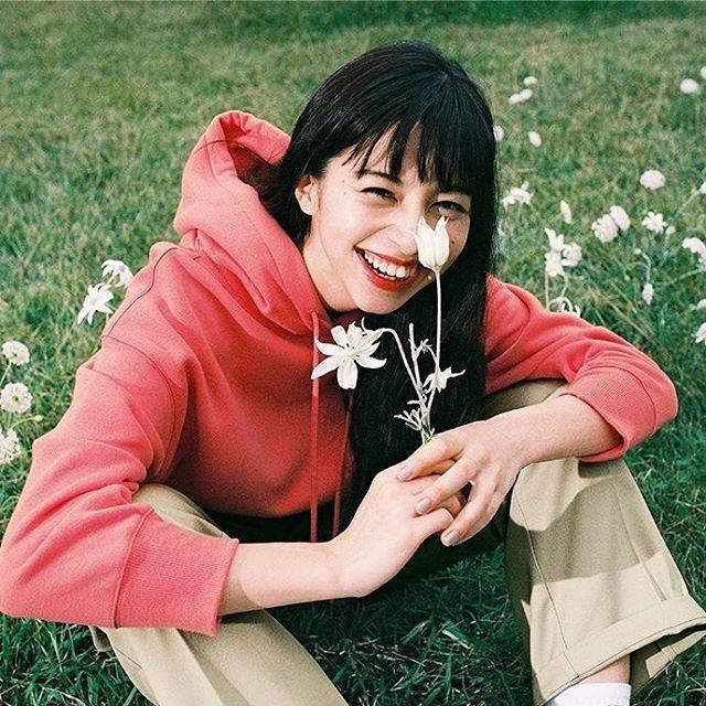 """@ayami_chan_fan on Instagram: """"こんなにもお花が似合う人は、あやみちゃんしかいない!!♡ ♡ポーリン#中条あやみ#ポーリン#中条あやみファンと繋がりたい"""" (628641)"""
