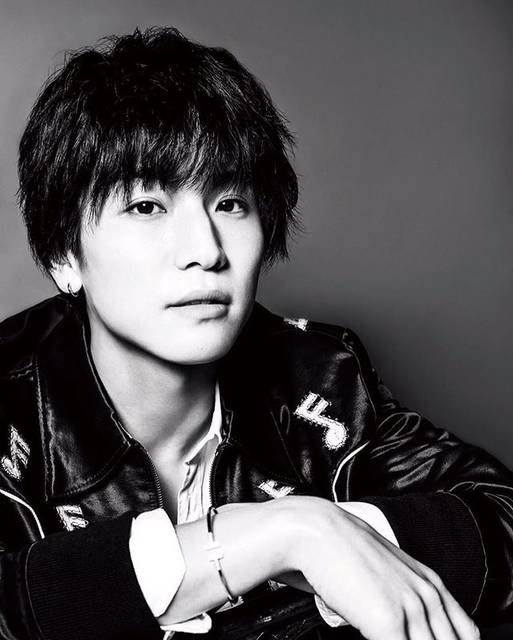 "Takanori Iwata on Instagram: ""砂の塔〜知りすぎた隣人〜🌃 最終話までご覧頂き、ありがとうございました‼️ day2✊🏼💥 #metropoliz#fukuoka#🔥 @ysl @tiffanyandco"" (635612)"
