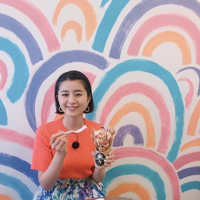 """Chinami Suzuki 鈴木ちなみ on Instagram: """"Hawaii 🍦‼️#東海テレビ #スタイルプラス#スイーツ #doublethree#ちなみたび"""" (640377)"""