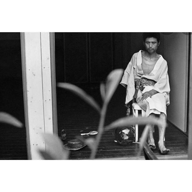 "sanasana on Instagram: ""静かに眠れる#土方巽#細江英公#鎌鼬#暗黒舞踏#前衛芸術#麗しの君#物語のなかとそと#sa引き出し"" (644463)"