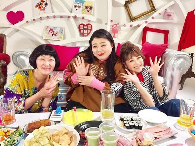 """鈴木奈々 on Instagram: """"今日は、川村エミコさんと渡辺直美さんと一緒に収録でした♡♡♡たくさん笑って楽しかったです(^_−)−☆お二人共いつも優しくて大好きです♡♡#今日の1枚 #川村エミコ さん#渡辺直美 さん#いつも優しい先輩"""" (644964)"""