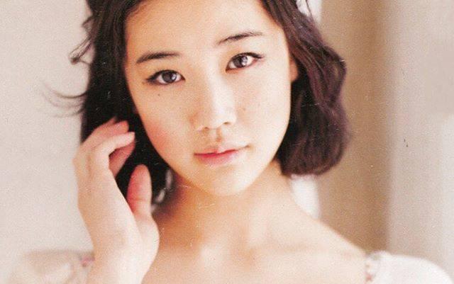 """蒼井優 on Instagram: """"#蒼井優 #aoiyu #yuaoi #aoi #あおいゆう #아오이유우 #かわいい #綺麗 #美人 #可愛い #大好き #japaneseactress #japanesemodel #cute #japanesegirl #love #beautiful #japan…"""" (646397)"""