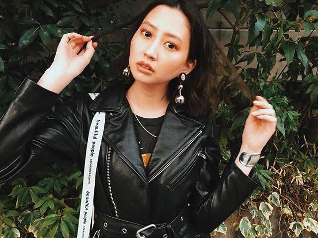 "Mayuko Kawakita 河北麻友子 on Instagram: ""⚫️⚫️⚫️"" (648217)"