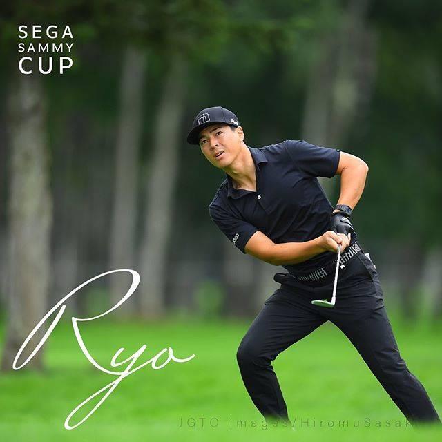 """JGTO  男子プロゴルフツアー on Instagram: """"スタート2連続ボギーからの見事なカムバック。 「短いクラブでフルスイングすると、キャリーで乗ってもスピンで戻ってしまうようなこともあった。それを長いクラブで普段よりも抑えめに。このオフに試していた練習を応用してみた」という。」 #石川遼 #ryoishikawa…"""" (649280)"""