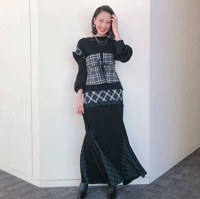 "Mayuko Kawakita 河北麻友子 on Instagram: ""FASHIONDRESS: ENFOLDACCESSORIES: DRESS UP EVERYDAYBOOTS: Diana#FASHION #衣装"" (652376)"