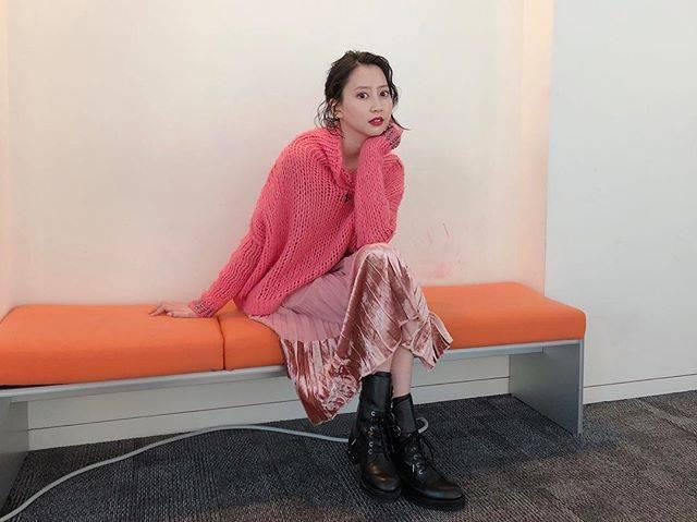 "Mayuko Kawakita 河北麻友子 on Instagram: ""💖💖💖FASHIONOUTFIT: PINKOACCESSORIES: Pluie#FASHION #衣装"" (652391)"