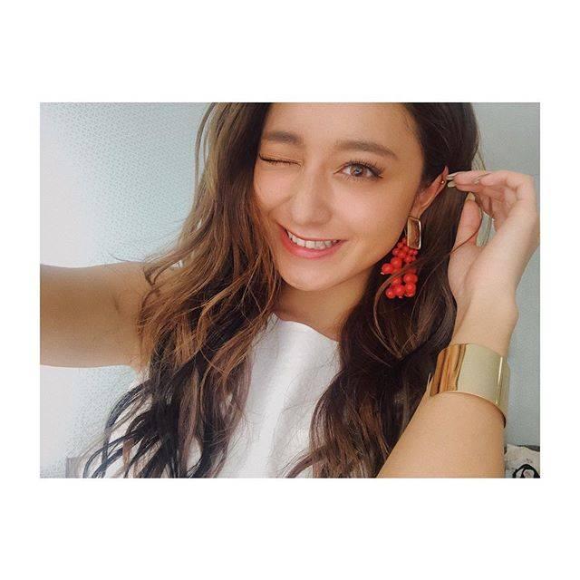 """みちょぱ(池田美優) on Instagram: """".たまには笑ってるやつでもあげとこうかな〜って。朝から夜までスタジオこもって撮影です📸"""" (653007)"""
