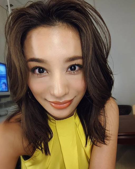 "Maryjun Takahashi 高橋メアリージュン on Instagram: ""🎥🌌📺Hair&Make up by @hori_hairmake #高橋メアリージュンメイク #高橋メアリージュン髪型#メアメイク#greeneyeliner"" (653233)"