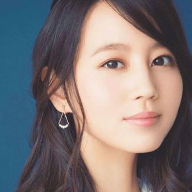 "AQUA on Instagram: ""#堀北真希 #maki #makihorikita #beautifulwoman #follwme #かわいい #いいね #フォローミー #素敵 #清純 #清楚"" (654377)"