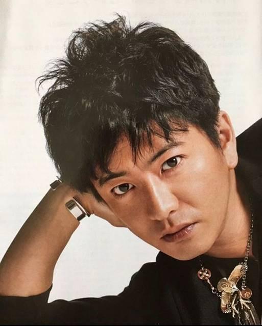 "@masaaki_koizumi on Instagram: ""木村拓哉 Goro'splatina head gold eagle裏返ってるのに紙面化😅#goros #ゴローズ #木村拓哉 #木村拓哉着用 #キムタク #キムタク着用 #キムタク私物"" (654395)"