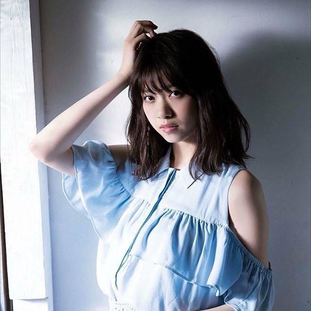 """@_nanase_nishino_ on Instagram: """"1日1七瀬 day24大人なイメージ またまたオフショルなんて声をかければいいのかわからない。けど それがいいんです。これが... #西野七瀬 #なぁちゃん #ななせまる #西野七瀬推しと繋がりたい #乃木坂46"""" (654648)"""
