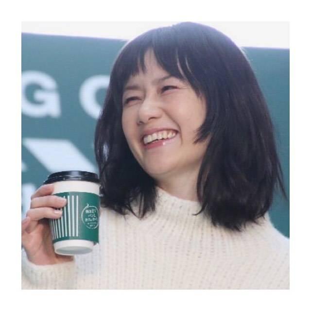 """Mii ︎ on Instagram: """"..この笑顔にいつも癒される☕️🌿..#原田知世 #ブレンディ #ふぅ~ #AGF"""" (655640)"""