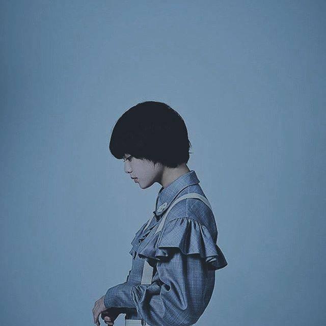 """🐑 on Instagram: """"どっから見ても可愛いなぁ服のシワさえも愛おしいってやつ??🥺..#平手友梨奈 #欅坂46"""" (662136)"""