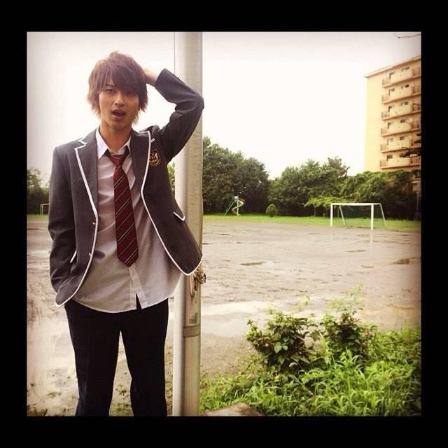 """横浜流星 on Instagram: """"本日もでぶせんの撮影です。また雨…。止んでくれーー!!"""" (663044)"""