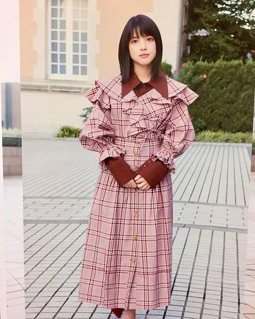 "Mitsuru Sakata on Instagram: ""9月10月の「海荷嬢カレンダー」。やっぱ可愛い過ぎる💕#カレンダー2019#川島海荷#カレンダー#9nine#超絶可愛い#calendar"" (666449)"