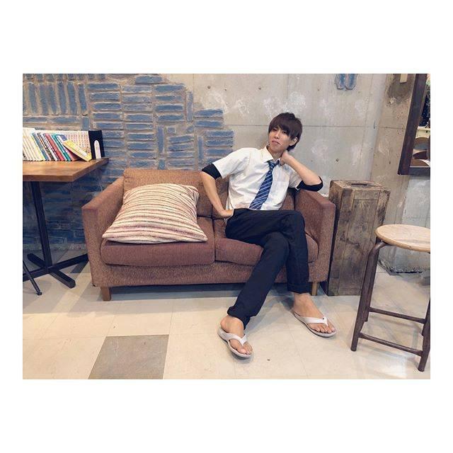 """竹内 慎治【P's】 on Instagram: """"せんじつかみのけをやるためだけにきてくれたはじめくんカットカラートリートメントしました🤗みんなもおいで🥴www.ps-room.com#はじめしゃちょー #愛らしい #静岡から #わざわざ #たなっちも #ありがとう"""" (668377)"""