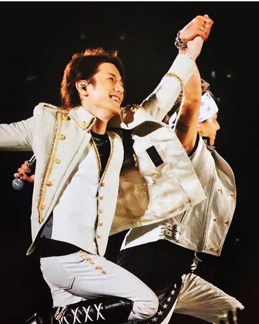 """Hideaki Takizawa FANPAGE🔥 on Instagram: """"Have a funny weekend with T&T!🌹_#滝沢秀明 #タッキー #takizawahideaki #hideakitakizawa #tackey #jpop #japan #music"""" (668747)"""