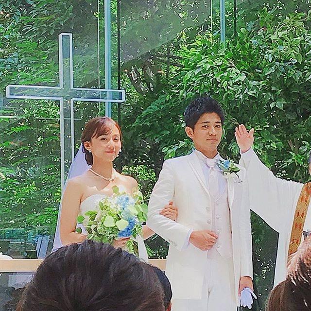 """木下 隆行 on Instagram: """"和田正人 吉木りさ 結婚式パワースポットとパワースポットが一つなったこれで行くとこ迷わんわ😜おめでとう㊗️ #僕は2人の保証人w#2人ともこっち見とる。"""" (669131)"""