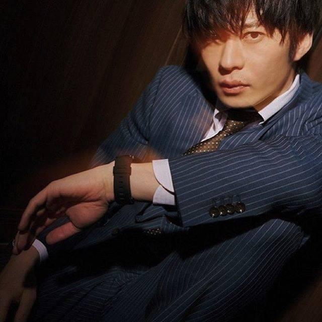 "🌷 on Instagram: ""なぜこんなにスーツ姿似合うだろうか🤔🤔 #田中圭#田中圭ファンと繋がりたい #スーツ#似合う#男性"" (672389)"