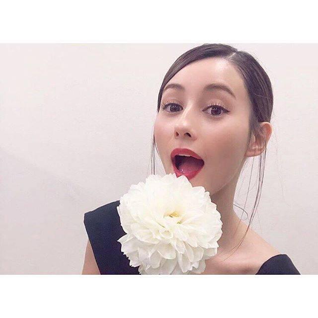 """HAYATO on Instagram: """"☆★☆★☆★☆★☆★☆★☆★☆★ ・ ・ ・🙈🙉🙊 ・ ・ ・鬼可愛くね?😎 ・ ・ ・俺ん中でダレちゃん以上の美人は一生出てこないと思う🤟🏿😍 ・ ・ ・またいつか拝みたいわ🙏🏿 ・ ・…"""" (673410)"""