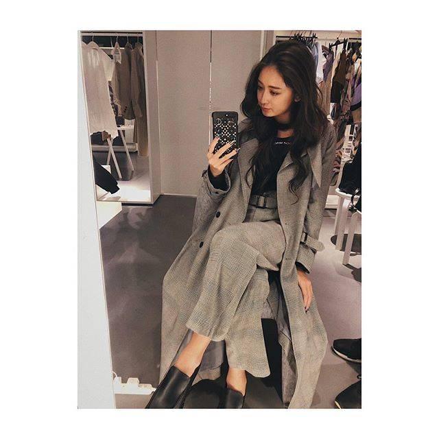 """みちょぱ(池田美優) on Instagram: """".チェック×チェックコートとパンツのセットアップはあり✌︎#emoda #mystyleemoda"""" (675412)"""