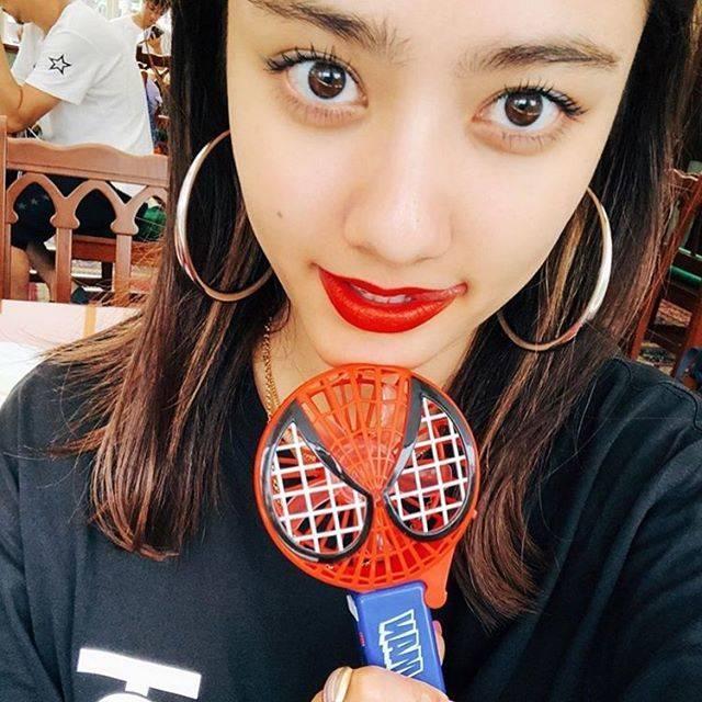 """yuma on Instagram: """"赤リップが世界一似合う女性❤️💋💄#まりあ #谷まりあ"""" (678418)"""