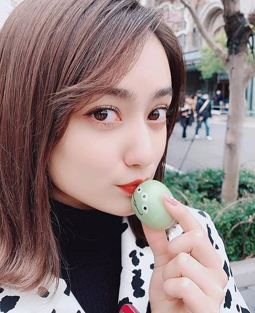 "AMI on Instagram: ""まりあちゃんもリトルグリーンまん食べてる!!!とディズニー行ったあとに気付きました💫可愛すぎる🥺🥺#谷まりあ #1日1まりあちゃん #いいね返し"" (678516)"