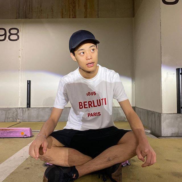 """竹内唯人 on Instagram: """"なんて言ってるでしょーか🙋🏻♂️ @berluti"""" (679309)"""