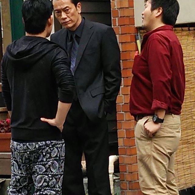 """遠藤憲一 on Instagram: """"スタッフです。 本日11/19テレビ東京14時〜 2サス主演のソタイシリーズ 「ソタイ2組織犯罪対策課」の再放送があります! ブラックスーツのギラついた役です。そう言えばこんな感じは最近演じてないかもー コワモテだけど愛猫😽と、仲良く暮らしてるデカさんでしたね!  #ソタイ…"""" (679462)"""