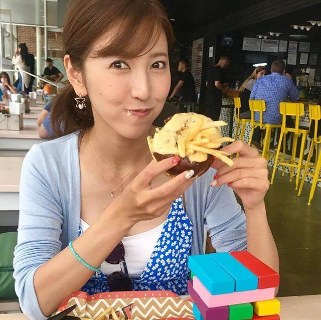 """小澤 陽子 𝚈𝙾𝙺𝙾 𝙾𝚉𝙰𝚆𝙰(フジテレビアナウンサー) on Instagram: """"みなさん、#三連休 は楽しめていますか!?☘️ 私も中日の今日は、おやすみです😊🎵 ただ昨日は、#祝日 ということを忘れていて、出社したらすごい人で…。それで祝日㊗️ということに気付きました😂😂笑 #テレビ局員あるある📺。 三連休、お仕事の方も、がんばりましょうね✊🏻🌟…"""" (679552)"""