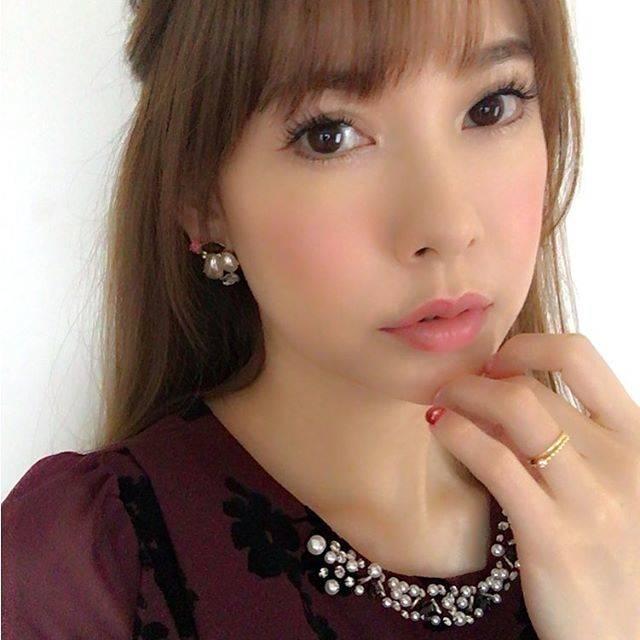 "Sakura Uehara on Instagram: ""お洒落した日は、だいたい雨☔️#ootd #❤️#🌸 #ランチ"" (679702)"