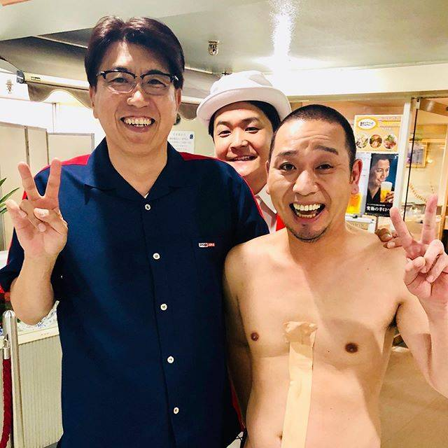 """石橋貴明 / Takaaki Ishibashi on Instagram: """"裸の付き合い @noboomanzaishi #千鳥 #大悟 #ノブ #石橋貴明"""" (684525)"""