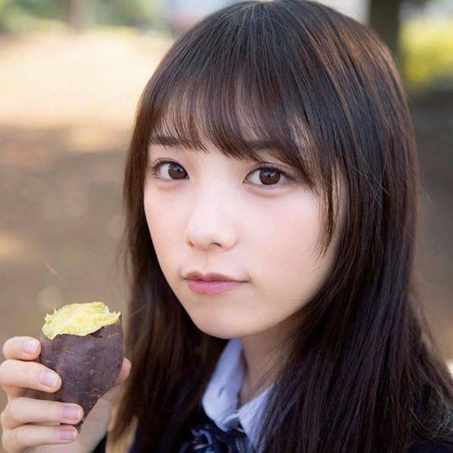 """けーよだ on Instagram: """"そろそろ焼き芋の美味しい季節。あんまり得意じゃないけど、与田ちゃんが食べてたら食べなければ。。#乃木坂46好きな人と繋がりたい #与田祐希好きな人と繋がりたい #乃木坂46 #よだゆうき #与田祐希"""" (687334)"""
