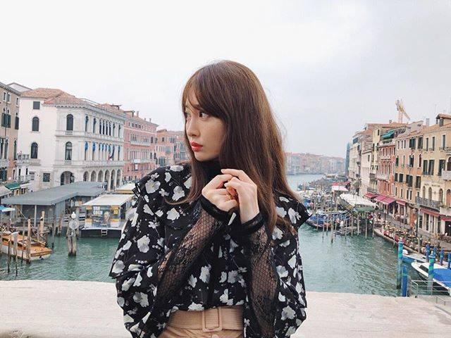 "𝑯𝑨𝑹𝑼𝑵𝑨 𝑲𝑶𝑱𝑰𝑴𝑨 on Instagram: ""⚓️⚓️⚓️#venezia#水曜日発売✨"" (688956)"