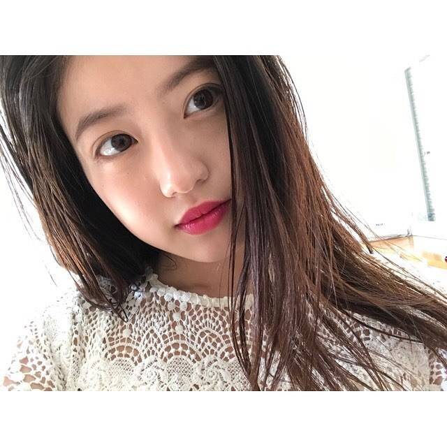 """今田美桜 on Instagram: """"☺︎2/24午後4時〜KBCラジオにて「博多デス。」出演します。MCの篠田麻里子さん、武内さんと地元・博多のことについていろいろ話しました🍥ぜひ🗣#博多デス。"""" (692436)"""