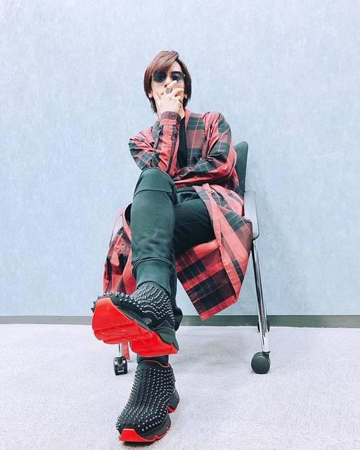 """DAIGO on Instagram: """"DAIGO'S GLAM VOL.4♤RED♤#逆の逆で#オシャレ#インスタはオシャレ#stylish#vocalist#fashion #BREAKERZ#DAIGO#WHITEDAY#DAIGOSGLAM"""" (692999)"""