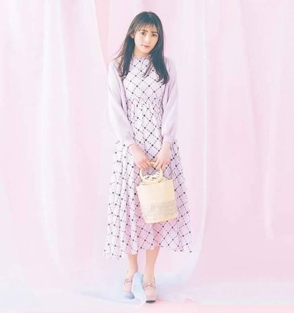 "Watanabe Rika - 渡辺梨加 on Instagram: ""Ray web#渡辺梨加 #欅坂46 #fashionmagazine"" (694001)"