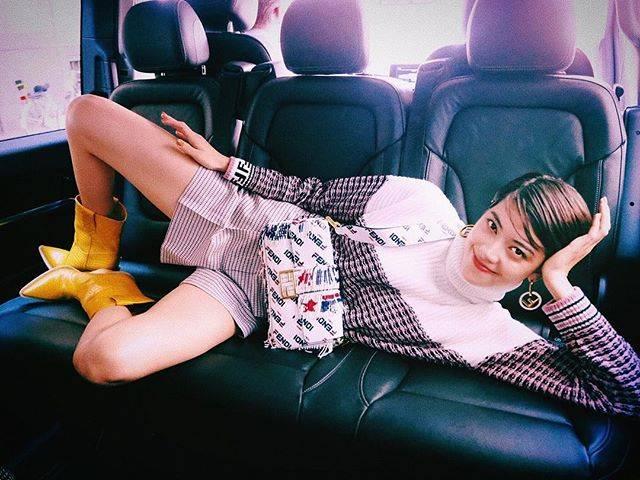 """𝐇𝐈𝐊𝐀𝐑𝐈  𝐌𝐎𝐑𝐈 / 森星 on Instagram: """"#FENDISS19"""" (695103)"""