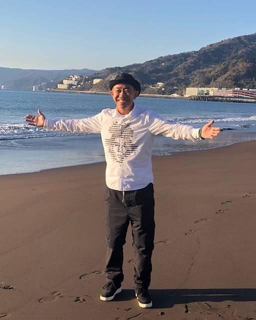 """Hiroyuki Komatsu on Instagram: """"木梨憲武 IN 湯河原吉浜海岸(^-^)ノリタケの生き方は好きです☺💕#木梨憲武"""" (695661)"""
