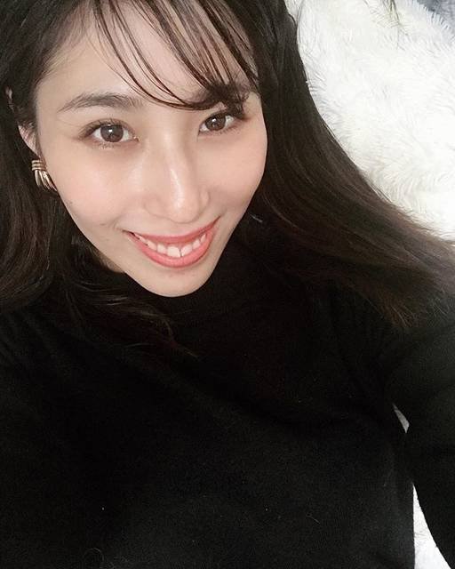 """山田千尋 chihiroyamada on Instagram: """". お肌のメンテナンスの為に、#湘南美容クリニック 橋本院さんで、 微弱電流を流して美容有効成分を肌のより奥深くに浸透させてくれる #イオン導入 をお願いしました☺︎ . お肌の調子、特にハリ、シワ、乾燥に私は効果がありました!…"""" (696976)"""