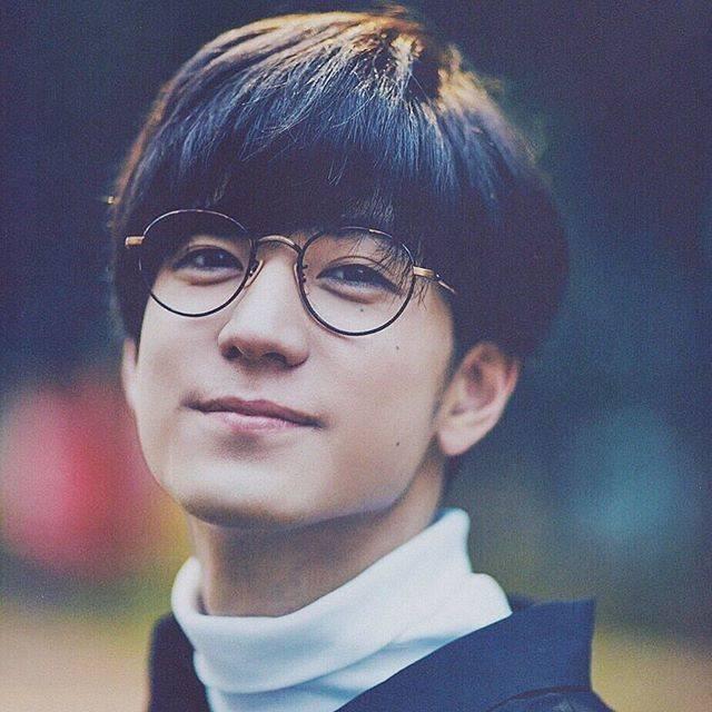 """𝓡𝓲𝓼𝓾𝓴𝓮 on Instagram: """"Yuto Nakajima・・・・・めがねくん 裕翔ver. ︎☺︎・・・・・#中島裕翔 #nakajimayuto #heysayjump #とびっ子さんと繋がりたい"""" (697096)"""