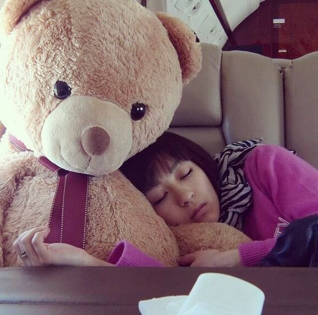 "宇多田ヒカル ファンページ on Instagram: ""Zzz 😴 #宇多田ヒカル#hikaruutada #utadahikaru #laughterinthedark #japanesemusic #japanesemusician"" (702930)"