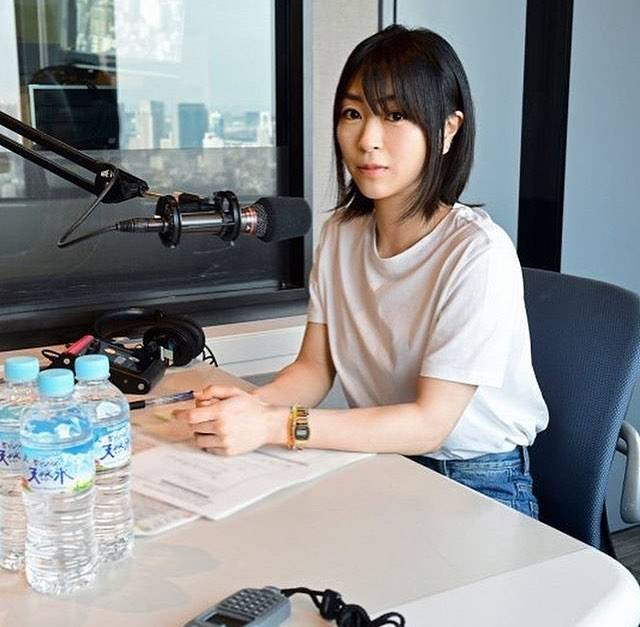 "宇多田ヒカル ファンページ on Instagram: ""On Air on J-Wave the 16th of June! Utada Hikaru no TRÉS BIEN BOHEMIAN SPECIAL! #宇多田ヒカル #utadahikaru #hikaruutada #初恋"" (702932)"
