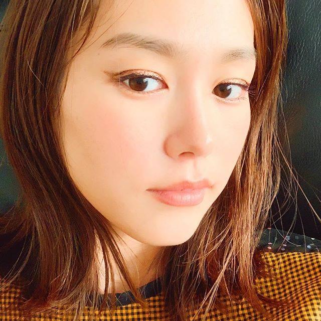 """桐谷美玲 on Instagram: """"撮影でやってもらったキラキラアイラインが可愛い💄"""" (703540)"""