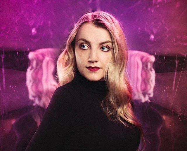 "Evanna Lynch on Instagram: ""Peace out, New York!!✌🏻💜🏙Photo by @emiliomk for @broadwaycom"" (704206)"