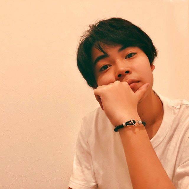 """菅生ファイヤーダンス on Instagram: """"菅田くんの弟だ〜インスタライブしてるーみよー。てな感じで見てみたら!!眉毛と目と何より話し方がとてつもなくイケてるオトコという感じで惚れた🎃🎃 私の中で菅田くんを超えてしまった説があるわ#菅生新樹"""" (705486)"""