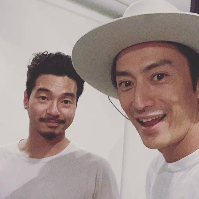 """伊勢谷友介 on Instagram: """"Mr Kokubo Kazuhiro a.k.a.the world greatest snow boarder! I've been watching his movie recentry,and ride his board. When I had injured my…"""" (705919)"""