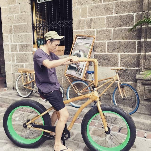 """伊勢谷友介 on Instagram: """"跨ってみた。#bamboo #bike #rides"""" (705944)"""